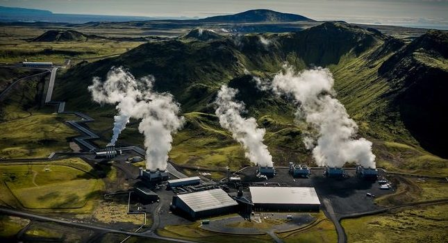 "The world's first ""negative emissions"" plant has begun operation"